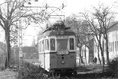 Villamos a mai Petőfi Sándor utcai buszmegállóban (Komjáthy Zoltán felvétele)