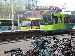 Vasútállomás, buszpályaudvar, gyorsvillamos és kerékpártároló egyben az utrechti pályaudvaron., Utrecht (forrás: Sparing Dániel)
