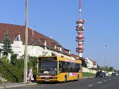 Az utasok már az első napokban használták az új megállóhelyet a Szabadi utcában: érdemes lenne több járatot betéríteni!, Szabadi utca, Győr (forrás: VEKE)
