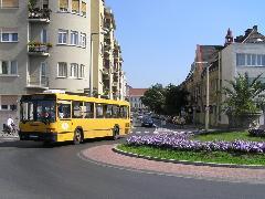 A Munkácsy Mihály utcában sajnos továbbra is csak rendkívüli esetben közlekednek autóbuszok, pedig lenne rá igény, Munkácsy Mihály utca, Győr (forrás: VEKE)