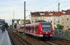 Stuttgartból érkezett S-Bahn-kocsi., Wedding S-Bahn állomás, Berlin (forrás: Carsten Templin)