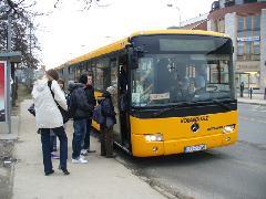 Az érdi Kálvin téren is több busz áll meg ezentúl, Kálvin tér, Érd (forrás: Friedl Ferenc)