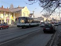 A Volánbusz Rt. Neoplan Transliner N318 L/NF típusú 15 méteres alacsonypadlós autóbusza, Budai út, Érd (forrás: Friedl Ferenc)