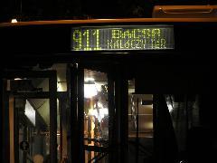Az éjszaka utazók idén Kisbácsára és Bácsára is eljuthattak: éltek is a lehetőséggel, Kálóczy tér, Győr (forrás: VEKE)