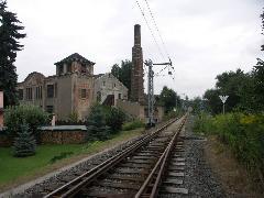 Innen a vasúti szabályok érvényesek, 50 helyett 80 km/h a megengedett maximális sebesség., Chemnitz (forrás: Müller Péter)