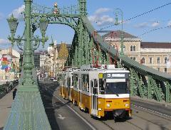 Ritka látvány: Tatra a Szabadság hídon., Szabadság híd, Budapest (forrás: Hajtó Bálint)