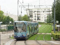 Épített környezetben is jól néz ki a füves vágány (Rouen), Rouen (forrás: Vitézy Dávid)