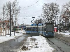 Schwabing Nord végállomás utasforgalma egyelőre ugyan csekély, de az ígéretek szerint idővel itt is komoly ingatlanfejlesztések zajlanak majd., München (forrás: Feld István Márton)