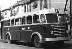 Az Ikarus 60-as a 7-es régi, zuglói végállomásán az ötvenes években