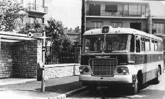 A nagy számban gyártott Ikarus 620-as autóbusz egy példánya a Naphegyi 89-es járaton.