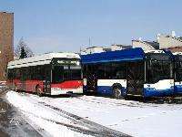 A BKV leendő 601-es pályaszámú Ganz Solaris trolibusza Rigába készülő csuklós társai mellett, Ikarus Mátyásföldi telepe, XVI. ker. Margit u., Budapest (forrás: Győri Márk)