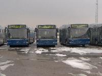 A második sorozatba tartozó három Volvo 7700A típ. csuklós BKV autóbusz a Volvo Hungária Kft. telephelyén., XVII. Cinkotai út 34., Budapest (forrás: Friedl Ferenc)