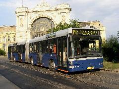 Az 50 újabb Volvo szállítását 2006 elején kezdik meg., Baross tér, Budapest (forrás: Könözsi Gábor)