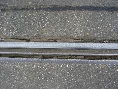 Az egyik sínszál a Pozsonyi utcában. Ráfér már a felújítás..., Pozsonyi utca, Budapest (forrás: VEKE)