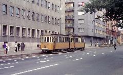 A 65-66-os pályaszámú szerelvény a Vörös Hadsereg útja végállomásnál , Vörös Hadsereg útja, Debrecen (forrás: Michael Taplin)