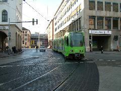 TW6000 villamos a hannoveri Stadtbahn-hálózat felszíni részén, Hannvoer (forrás: Németh Zoltán Gábor)