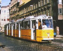 A 29-es villamos a Köztársaság téri megállóban., Népszínház utca, Budapest (forrás: Hajtó Bálint)