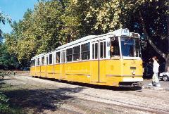 A 100-as villamos a BNV előtt - ez volt az utolsó alkalom, hogy arra villamos járt!, BNV főbejárat, végállomás, Budapest (forrás: VEKE)