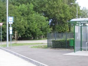 Rákoskert vasútállomás, buszforduló