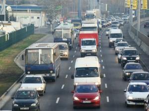 1. ábra: Torlódik a forgalom az M3-as bevezetőjén, 2007