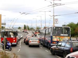 2. ábra: Buszsáv előtti idők: nem csak a trolik, a buszok is a torlódás foglyaivá váltak