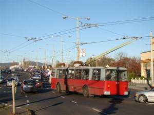 3. ábra: Jóformán minden nap a Kassai térig duzzadt vissza a forgalom, a tér torkolatánál a buszsáv sem segített még