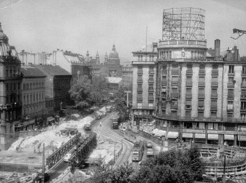 Az Astoria csomópont a metró építése idején (forrás: Németh Zoltán Ádám gyűjteménye)