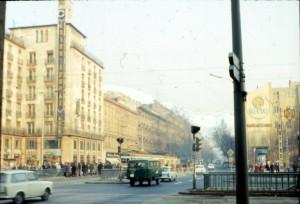 Az Astoria a 70-es évek elején: a metró már, a villamos még jár (forrás: Monostori László)